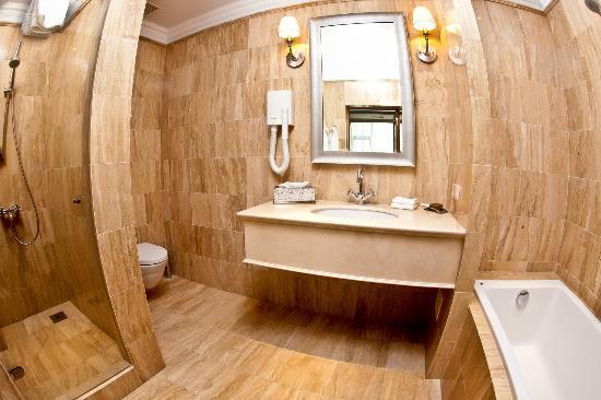 Karaganda, Kazajistán: filename__suite 1 ванная комната - suite 1 bathroom_jpg_thumbnail0_jpg
