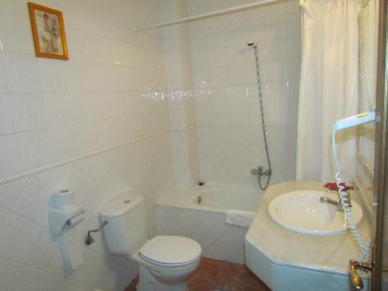 Hotel Rey Nino: Baño