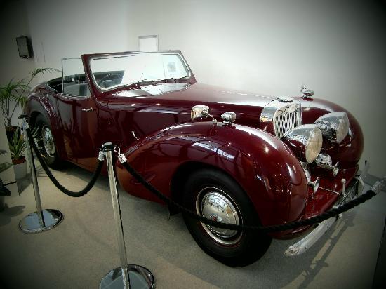 Jersey Goldsmiths: Original Bergerac's Car in a new location