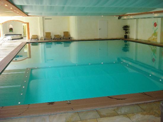 Hotel Oberwiesenhof: zwembad