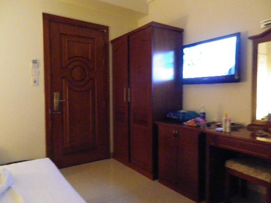 Le Duy Hotel: chambre