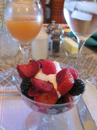 La Belle Vie Bed & Breakfast: Breakfast, course 2