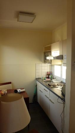 SchlafGut AppartementHotel: kitchenette