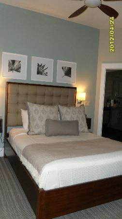 Bluegreen Vacations Studio Homes at Ellis Square, an Ascend Resort Collection: Bedroom