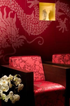 Buddha-Bar Hotel Budapest Klotild Palace: Room