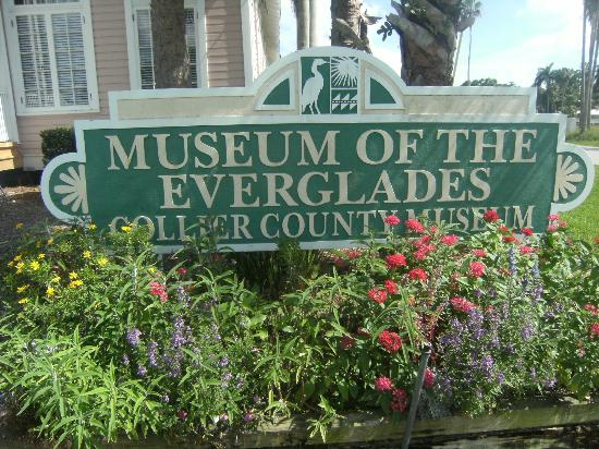 Museum of the Everglades: Entrance