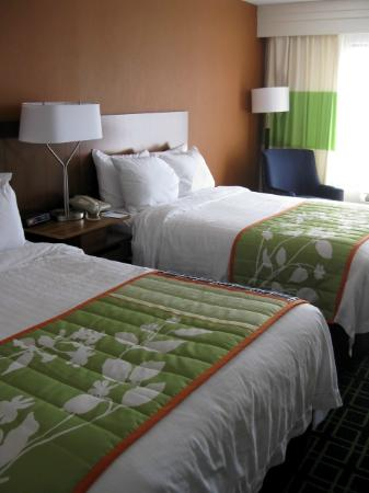 Fairfield Inn Corning Riverside: 2 Double Beds Renovated Room