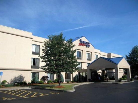 Fairfield Inn Corning Riverside: Hotel Exterior
