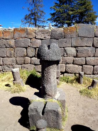 Inca uyo or Fertility temple; amazing in Chucuito Puno!