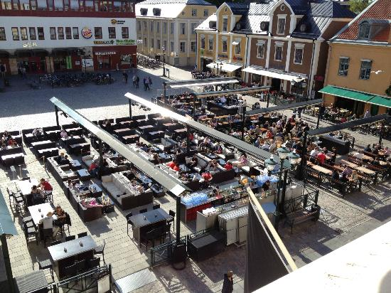 Elite Stora Hotellet: The plaza outside the room