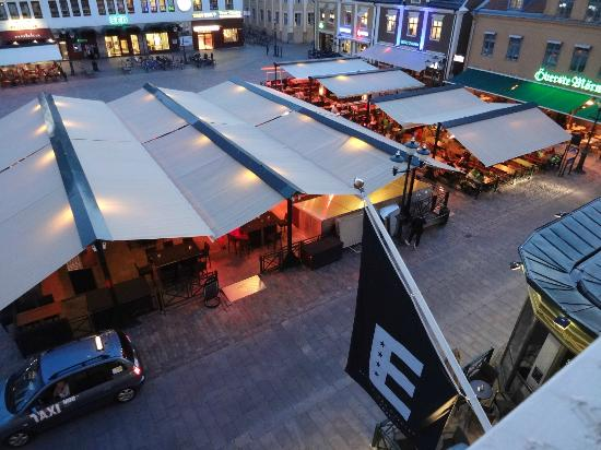 Elite Stora Hotellet: Evening - heaters are on