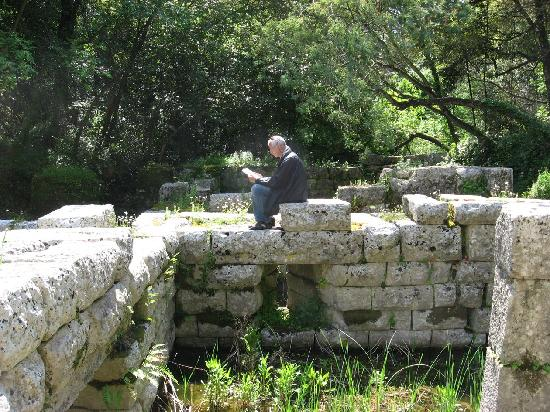 Butrint : Some of Greek-period walls