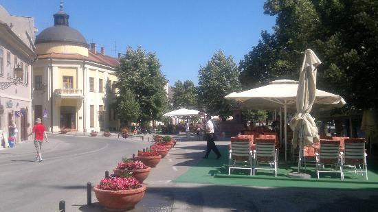 Sremski Karlovci: Main street