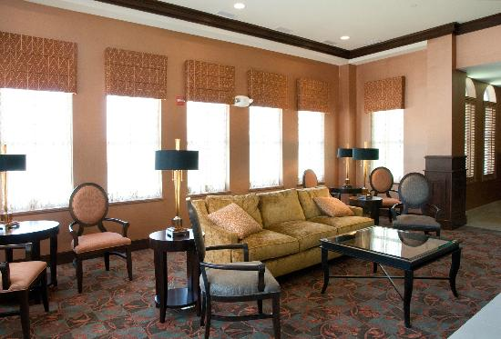 Hilton Garden Inn Granbury: Lobby