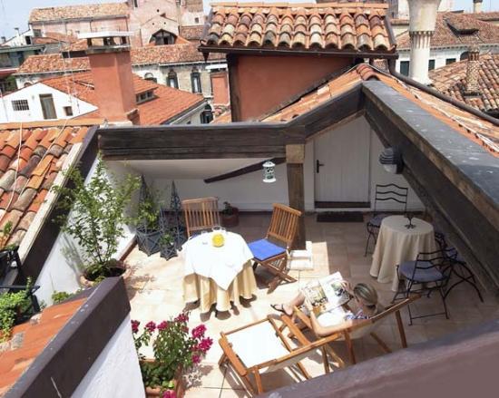 Ca' della Corte: terrace