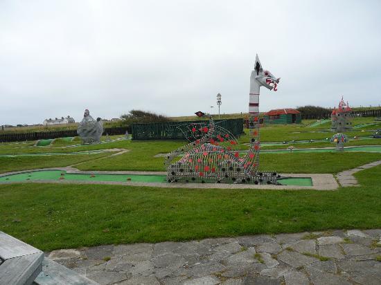 Bunn Leisure Holiday Park: crazy golf