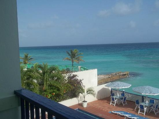 South Gap Hotel: room view of beach