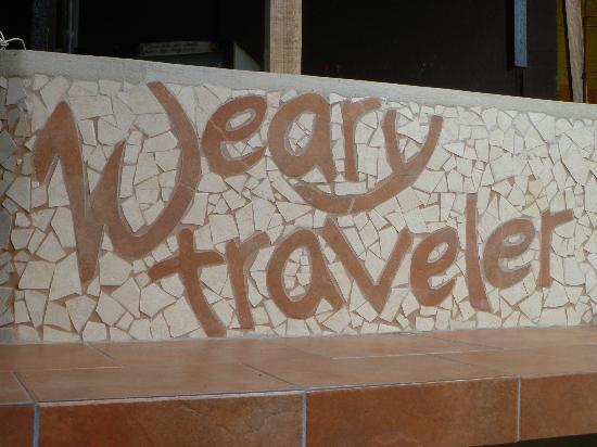 Weary Traveler Hostel: nel patio
