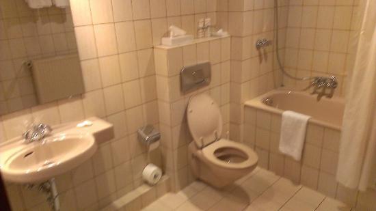 Regent Hotel: Ein sauberes Bad