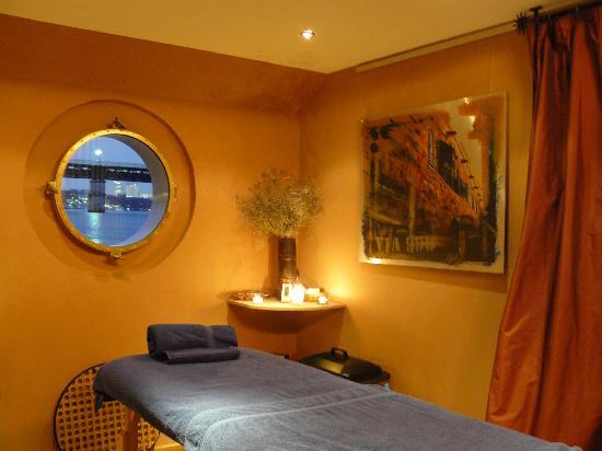 nuru massage ile de france Saint-Cloud