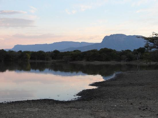 The Vuyani Safari Lodge: Location for a sun downer.