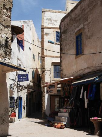 Essaouira Youth Hostel & Social Travel : Medina