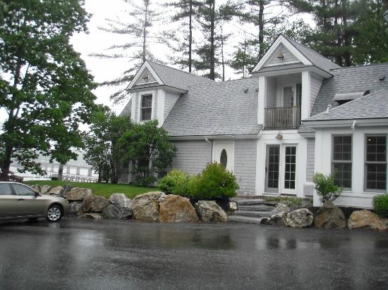 Sheepscot Harbour Village Resort & Spa: exterior entrance to room