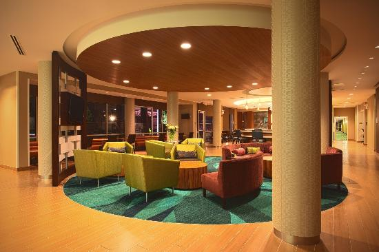 SpringHill Suites Philadelphia Valley Forge/King of Prussia: Lobby