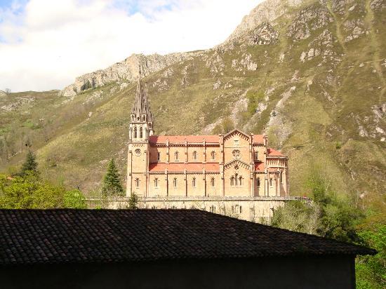 Cangas de Onis, Espagne : Vista desde el Santuario