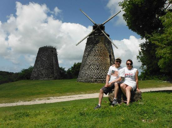 Luxury Safari Antigua: Betty's Hope - windmill from around 1700's