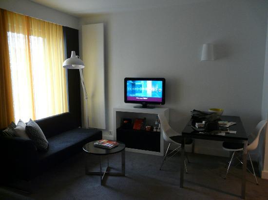 Adina Apartment Hotel Berlin Hackescher Markt: Chambre