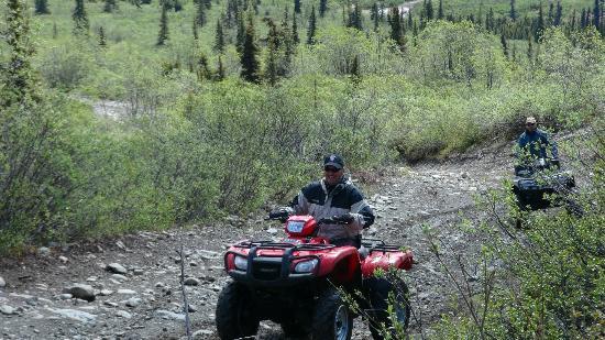 Heiny's ATV Adventures : riding on the way in