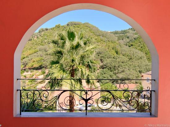 EverGreen Apartments : Balcony