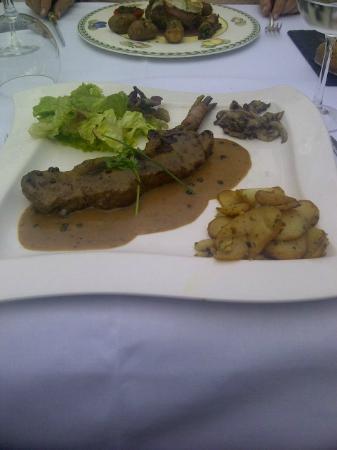 La Roseraie : Sirloin Steak Poivre
