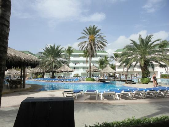 Isla Caribe Beach Hotel: Piscina area real