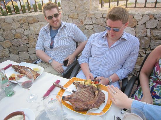 Restaurante BB Grill: Ribs & T bone
