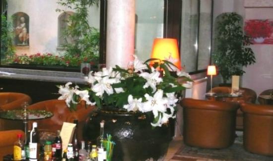 Paris Saint-Cloud Hotel : bar