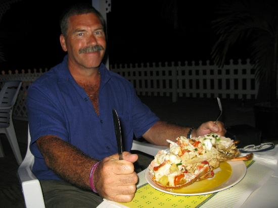 Turners Beach Restaurant: Does my lobster look big in this?