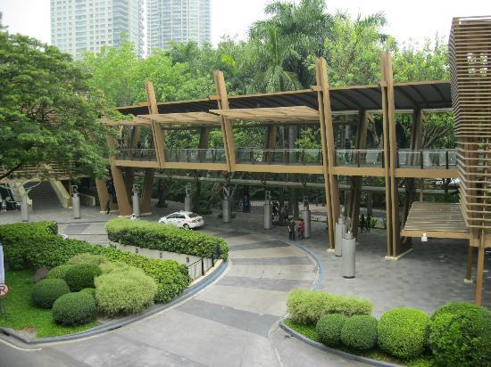 BSA Suites - Makati: Greenbelt Malls garden