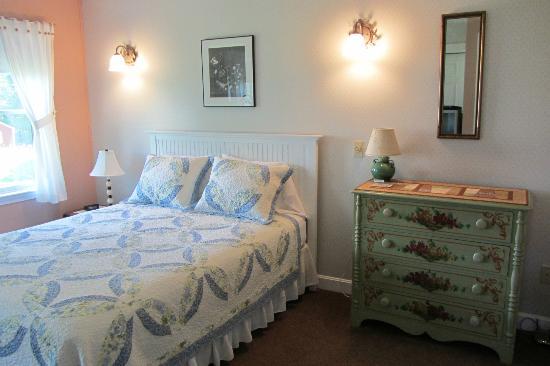 Pleasant Street Inn Bed & Breakfast Image