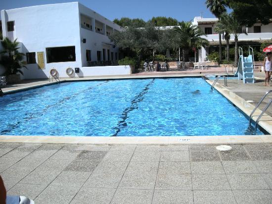 Migjorn, España: piscina