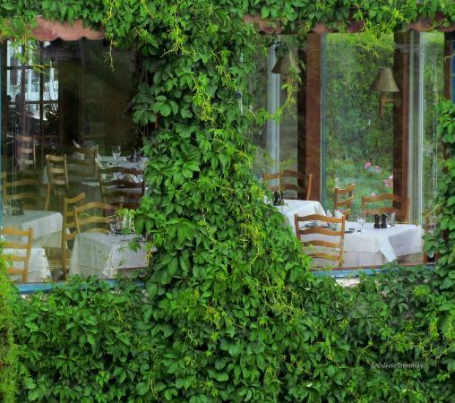 Les Trois Canards : vue extérieure de la salle à manger