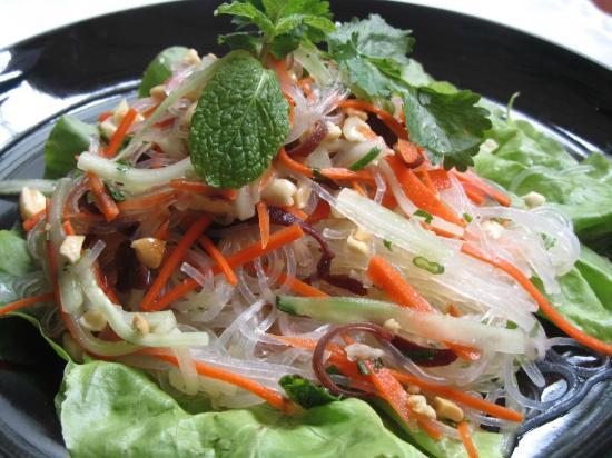 Tin Jo : just a gourmet salad... glutten free