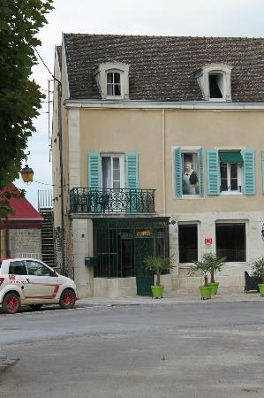 Le Chevreuil : The hotel