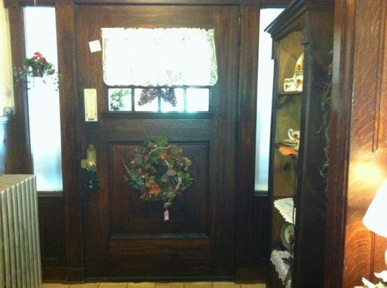 Heartland Inn and Cafe: front door from the inside