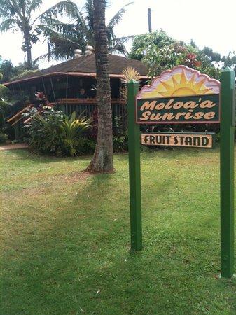 Moloaa Sunrise Fruit Stand