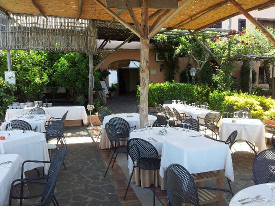 Relais Villa Caprile: ristorante esterno