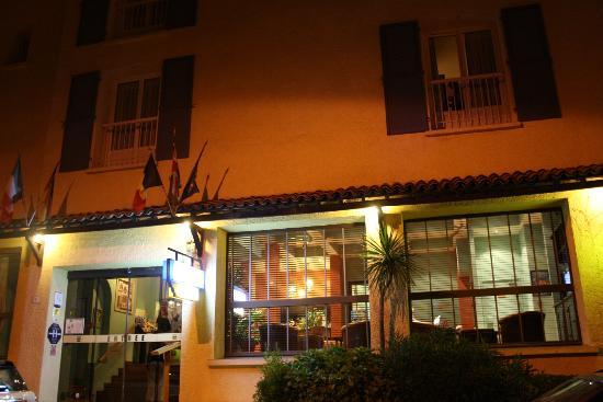 Matisse Hotel : esterno della struttura