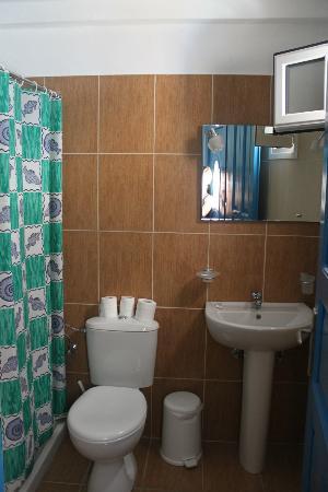 Villa Popi: Bathroom