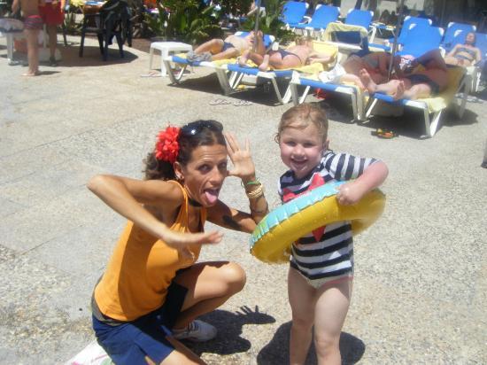 Suite Hotel Atlantis Fuerteventura Resort : Laura from Animation team and Peps
